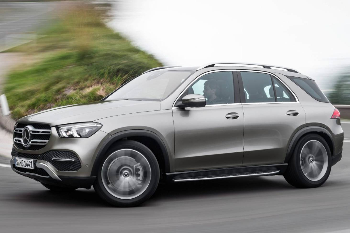 Mercedes Benz Has Tripled The Range Of Its Plug In Hybrid Gle Suv