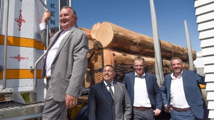 Regional Development Minister Shane Jones, with Te Kapunga Dewes, Tom Boon and Steve Walker at Taranakipine on Thursday.