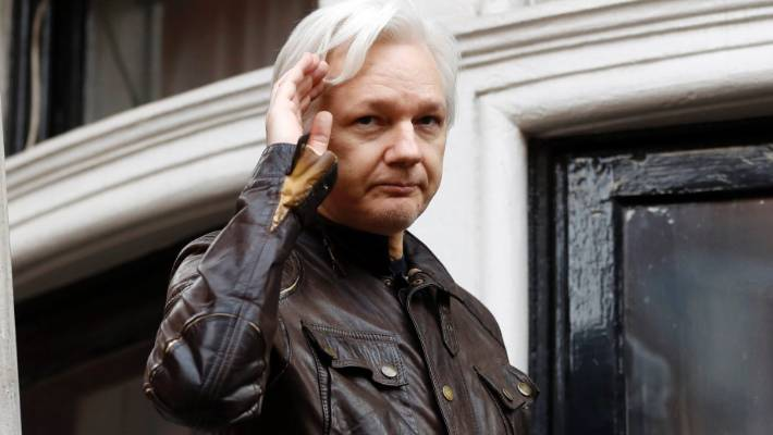 WikiLeaks supporters mobilize to prevent Ecuador from expelling Assange from United Kingdom  embassy
