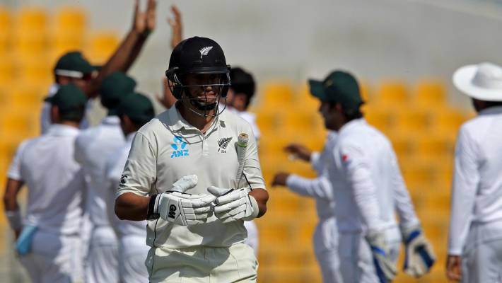 Ross Taylor started fast and looked ready for a big bump before being stuck in front by Hasan Ali.