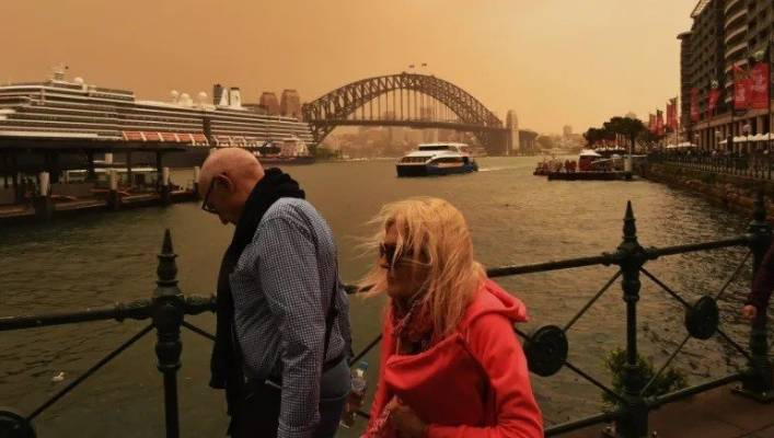 Dust chokes Sydney as asthma sufferers struggle to cope