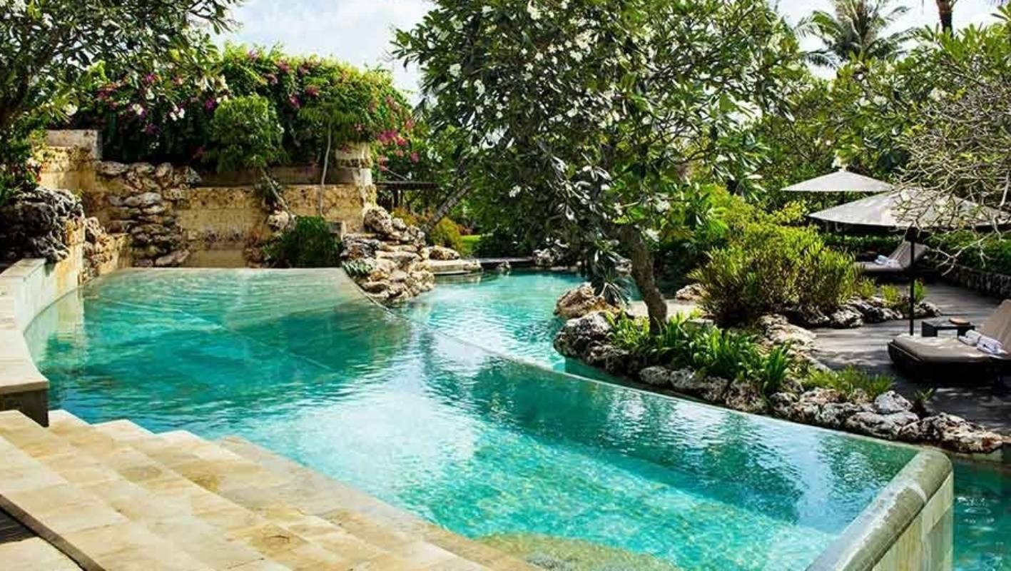 Luxury Hotel In Bali Limits Photos At Famous Pool Stuff