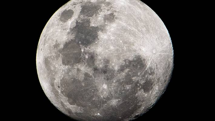 Australian photographer snaps rare shot of space station