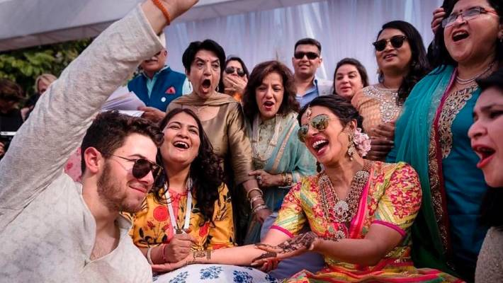 Pics From Priyanka Chopra And Nick Jonas' Mehendi Ceremony. Wait For More
