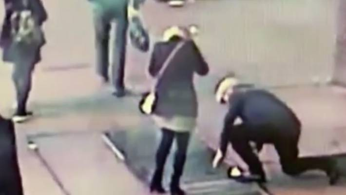 NYPD searching for couple who lost ring down Times Square drain