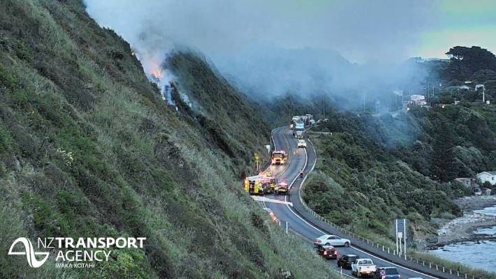 A scrub fire has closed State Highway 1 north of Pukerua Bay, and trains have been cancelled.