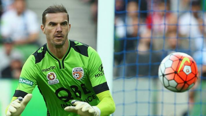 fe4b11787bb Wellington Phoenix sign 43-year-old goalkeeper Ante Covic as injury ...
