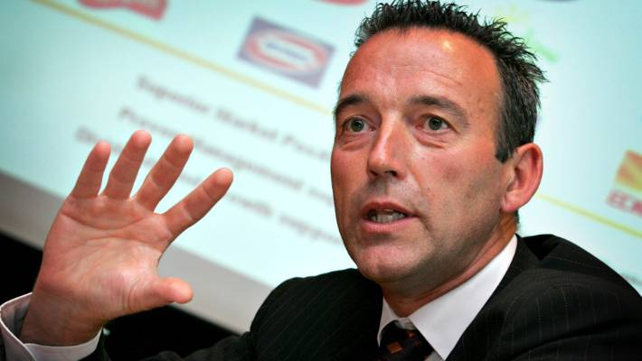 Graeme Hart used to own Goodman Fielder, which owned Tip Top in the late 1980s.