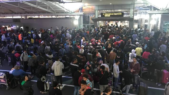 Passengers were also stranded outside the entrances to the Auckland International Airport on Saturday evening.