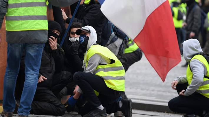 The yellow vests include people with views that range from the far right to the far left.