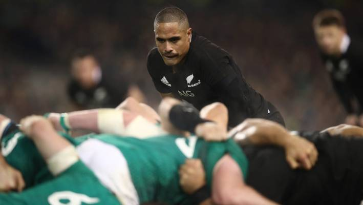 Ireland coach Joe Schmidt not ruling out All Blacks role