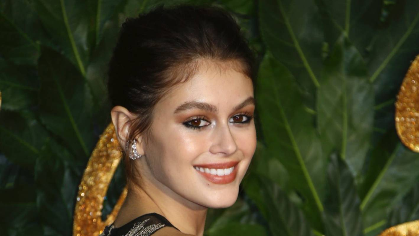 Kaia Gerber 17 Is The Youngest Model To Win Model Of The