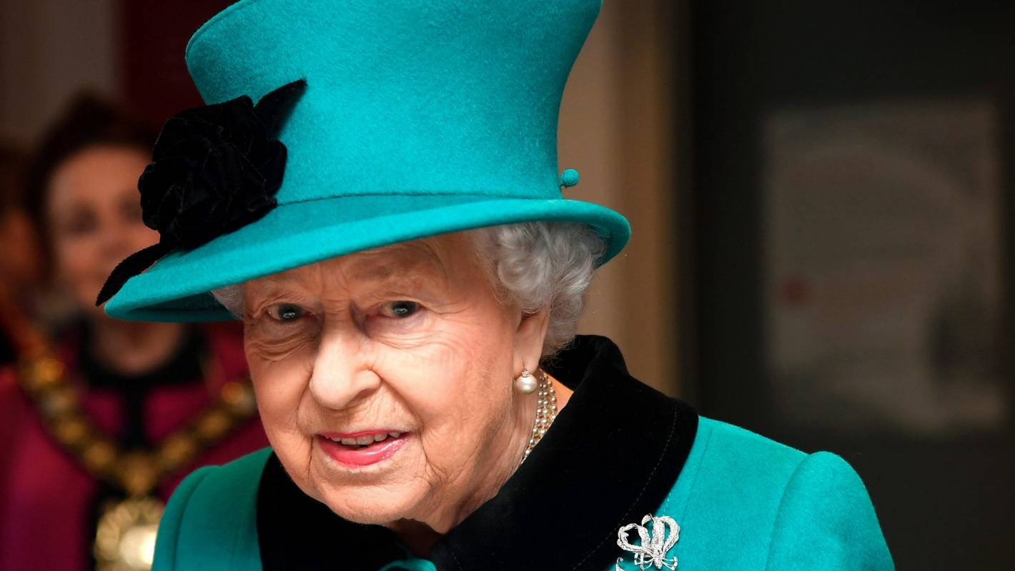 Honouring Queen Elizabeth II while she's drawing breath