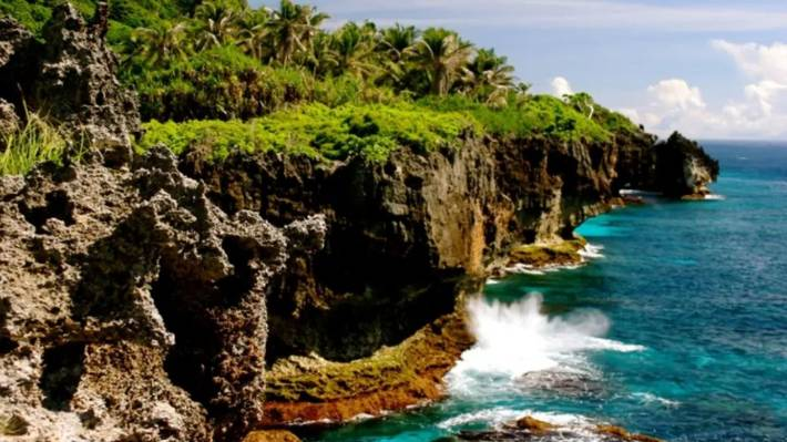 Tourist's 20-minute cave visit becomes two-night ordeal on Australia's Christmas Island   Stuff ...