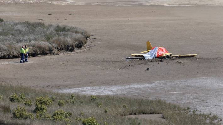 Two people died after this plane crashed into Raglan Harbour on Monday afternoon.