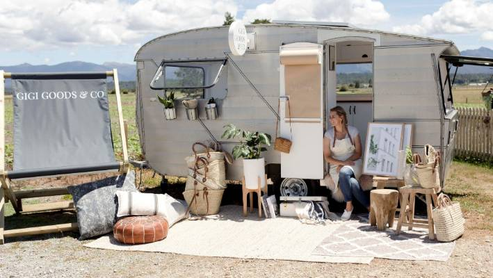 Georgina Skinner travels around the South Island selling homewares and photographic prints from her renovated caravan Gigi.