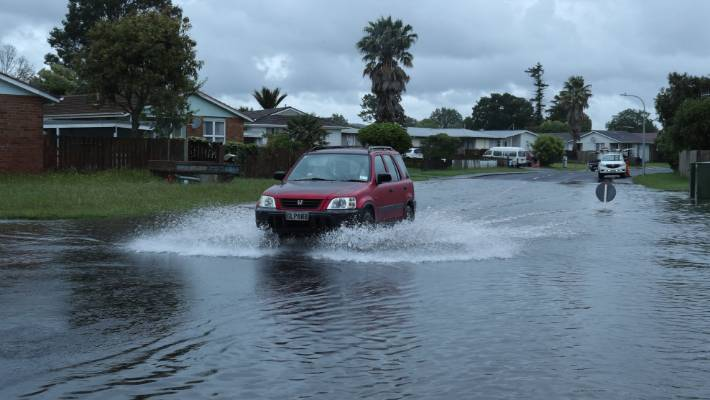Stopped By Thursdays Downpour >> South Auckland Hit By Substantial Rain On Thursday Morning Stuff