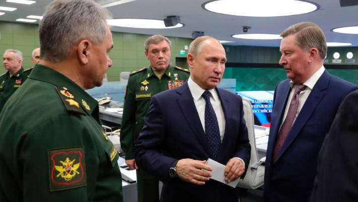 Russian President Vladimir Putin centre oversees the Avangard test launch