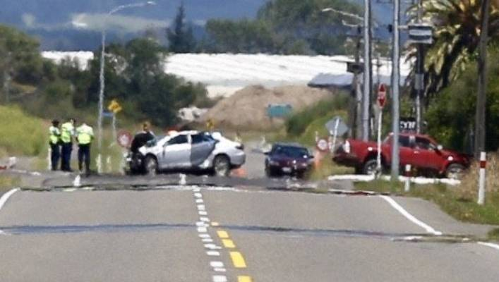 one person dead in two car crash in palmerston north stuff co nz