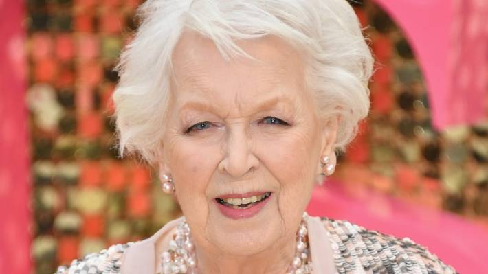 absolutely fabulous star june whitfield dies aged 93 stuff co nz