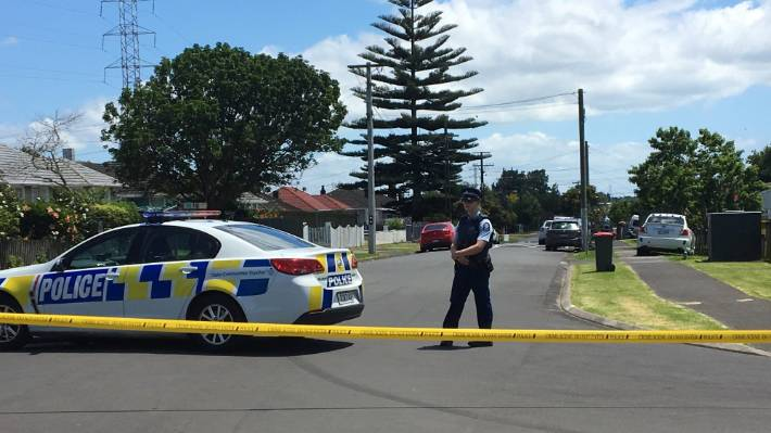 police appeal for car sightings following shooting in otara south