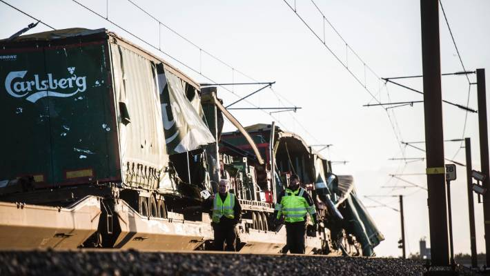 Fatal train accident closes Denmark's Great Belt Bridge