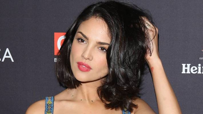 Eiza Gonzalez's super shiny bob will be right on trend in 2019.