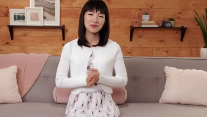 Tiny homes, clearing expert Marie Kondo, the FIRE movement (Financial Independence, Retire Early) storm the world and generally have a minimalist approach.