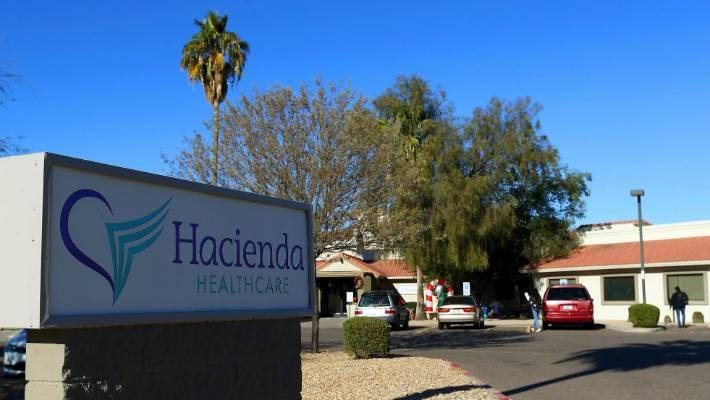 Doctors who cared for incapacitated woman who gave birth leave Arizona facility