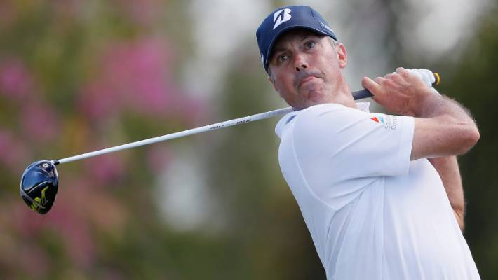 Kuchar starts Hawaii vacation with a victory