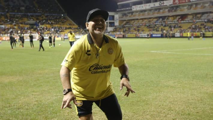 fcd6fb9c59d Maradona undergoes surgery for stomach bleeding in Argentina