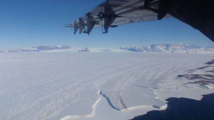 Ice loss from Antarctica has increased sixfold since the 1970s, research finds
