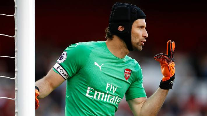 Petr Cech announces decision to retire at end of the season