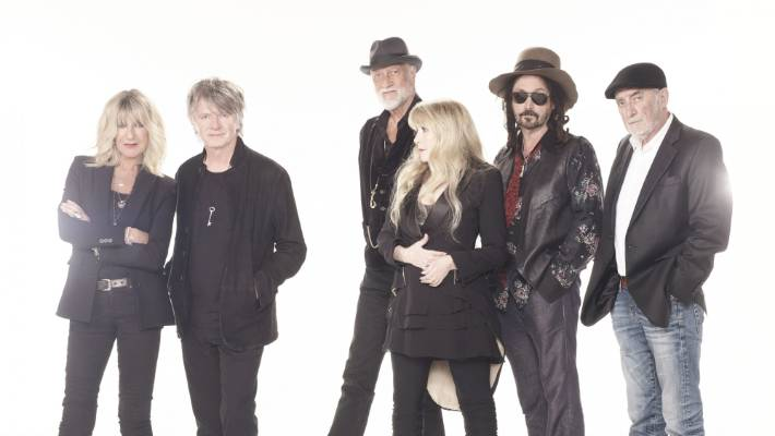 Neil Finn Has Joined Fleetwood Mac and They're Touring Australia