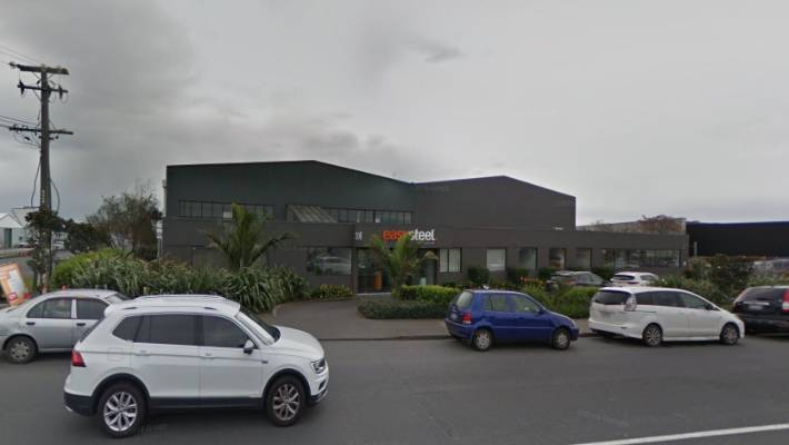 The incident happened at 308 Neilson St, Onehunga.