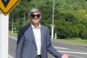 Councillor Aaron Hawkins hitchhikes to the Dunedin City Council from his home in Port Chalmers.