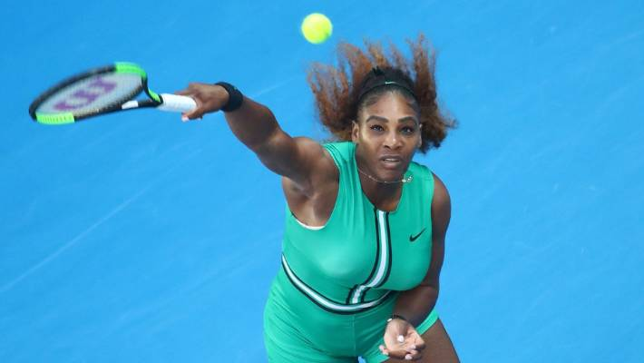 Naomi Osaka through; Serena Williams, Novak Djokovic in action