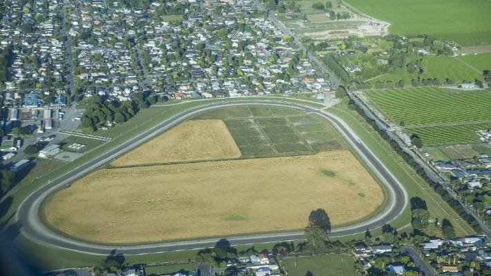 Waterlea Racecourse in Blenheim is owned 50:50 by the Marlborough Racing Club and the Marlborough Harness Racing Club, which has its own national authority.