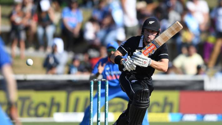 Henry Nicholls made a good fist of a limited chance as an opener for the Black Caps on Thursday.