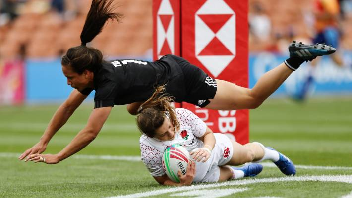 New Zealand men and women win Sydney Sevens to top standings