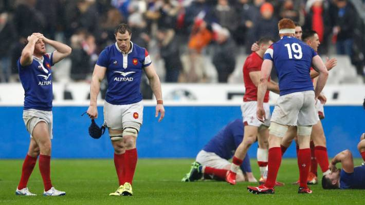 The French whistle finally responds to a 16-0 guide to lose a quarter of 24-19 to Wales in Paris.