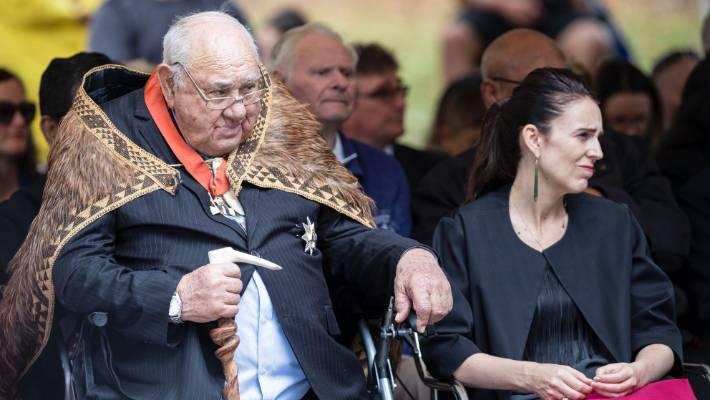 PM Jacinda Ardern remembers waka builder Sir Hekenukumai Busby as an 'icon' following his death