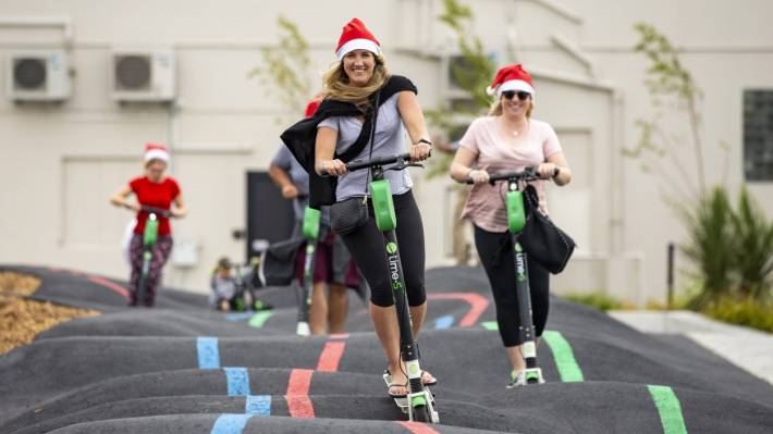 Mark of Limes: Electronic scooters have become very popular in New Zealand, so much that Amelie Auberg and Jennifer McPhee spent Christmas racing in the same Christchurch.