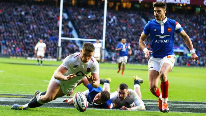 It's incredible to play alongside 'genius' Farrell — George