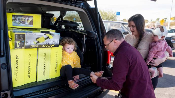 Kristen and Juston Herbert, with their children, have built a business in retail arbitrage, which is the art of buying consumer goods at brick and mortar stores and selling them for a profit online.