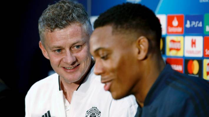 Lingard and Martial doubts for Chelsea game