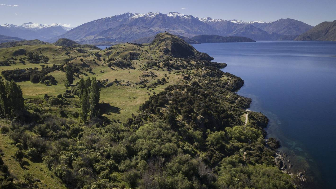 Government wants to stop privitisation of 'iconic' Kiwi landscapes