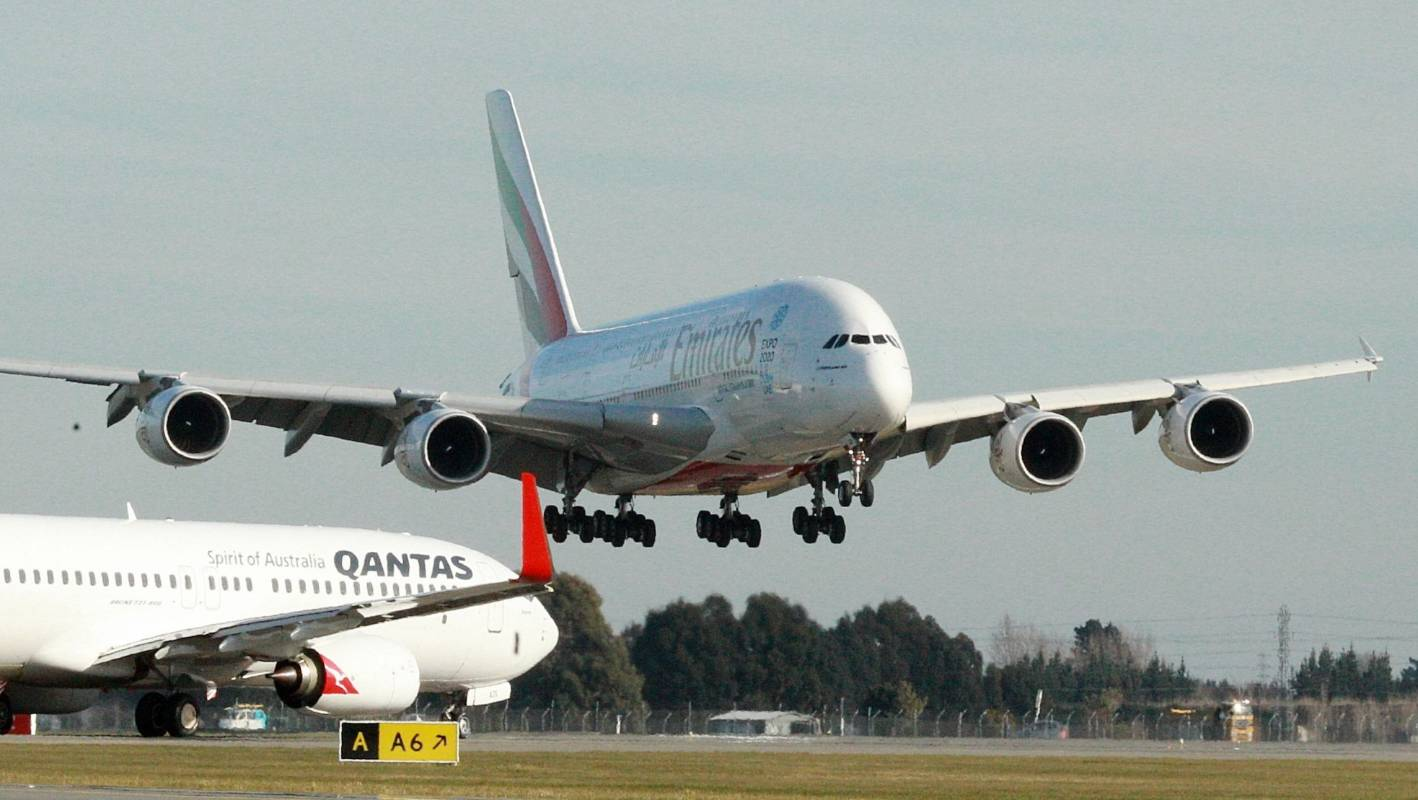 The plane with superjumbo dimensions predicted to replace A380s at New Zealand airports