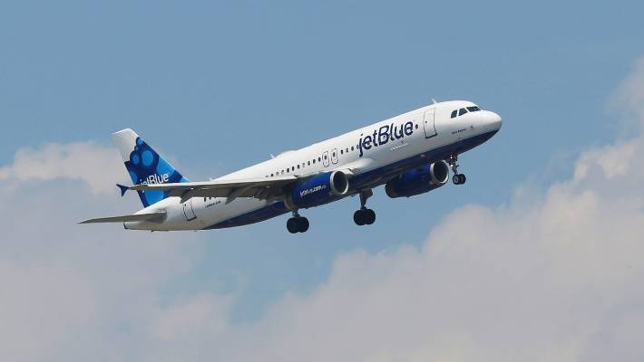 Woman Removed From JetBlue Flight After Profanity-Laced Outburst