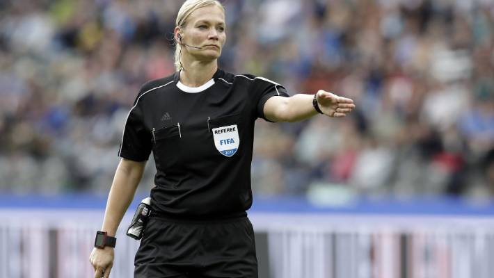 Iran cancels broadcast of Bundesliga match 'because of woman referee'